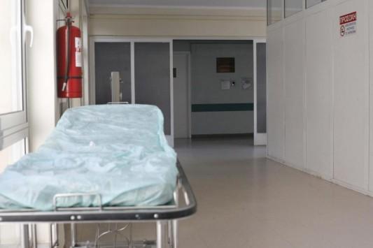 Άργος: Γιατρός πέθανε την ώρα που χειρουργούσε
