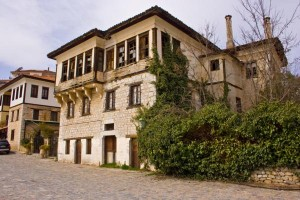 Καστοριά: Έρευνα για το Εθνικό Ορφανοτροφείο του 17ου