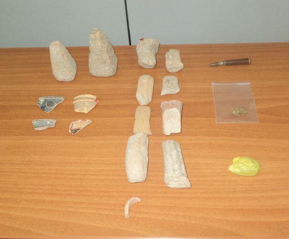 Συνελήφθησαν δύο ημεδαποί στη Φλώρινα  για παραβάσεις των νόμων περί ναρκωτικών, περί αρχαιοτήτων και περί όπλων