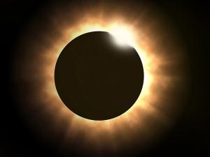Σπάνια υβριδική έκλειψη Ηλίου σήμερα Κυριακή