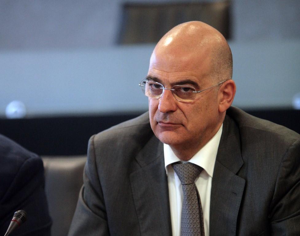 Σχόλιο: Στην Αθήνα «πυροβολούν» την Γερμανική Πρεσβεία και ο κ. Δένδιας «παραθερίζει» στη Σαμαρίνα Γρεβενών…