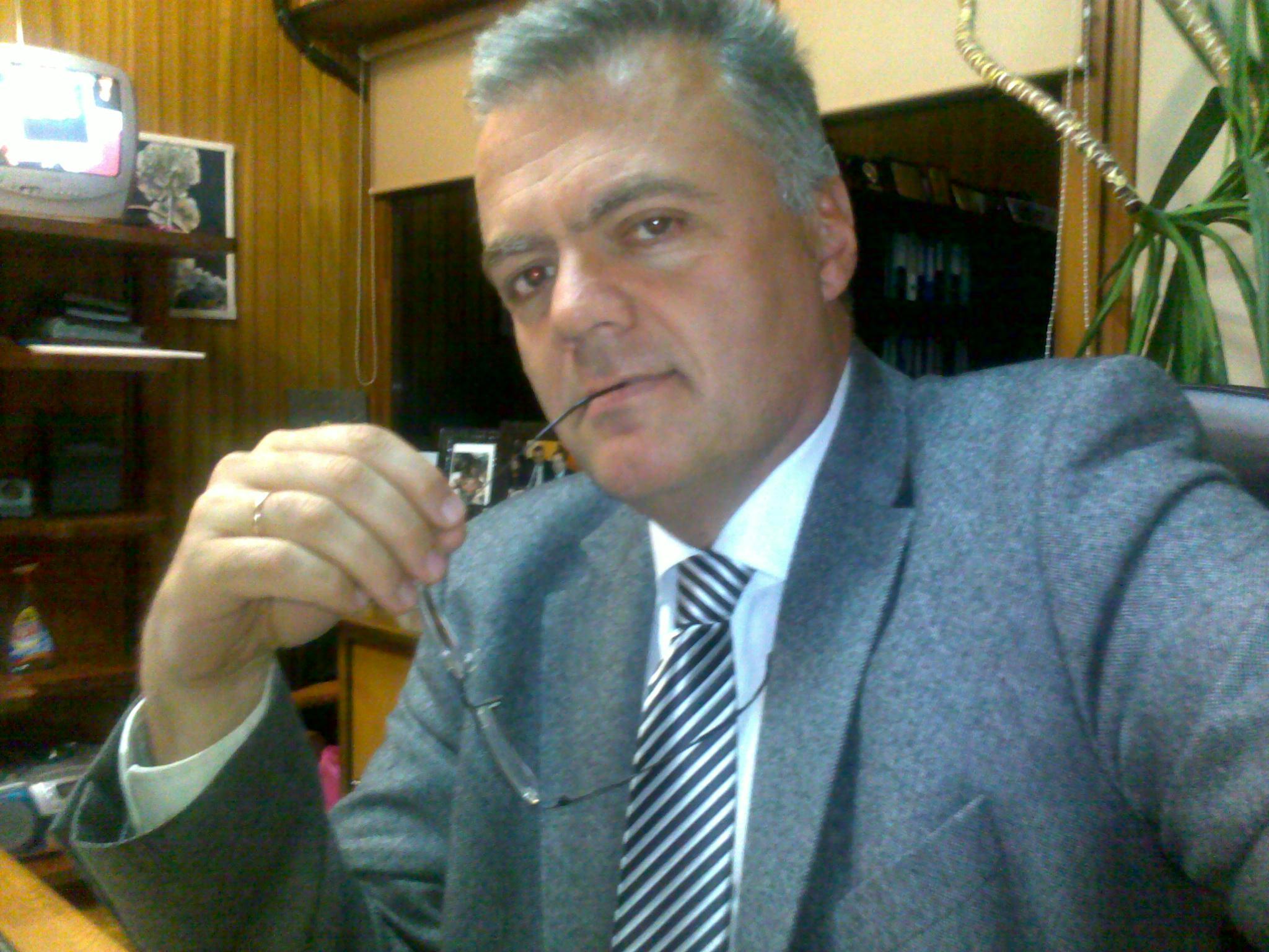 Κατακαημένοι και … ταλαίπωροι Δήμαρχοι !!! * Του Γιώργου Νούτσου