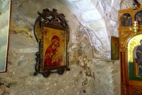 Προσευχή στην Παναγία – Παναγία μου Μητέρα πονεμένη και στοργική