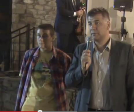 video: Στη γιορτή κρασιού στο Τρίκωμο Γρεβενών ο νέος αντιπεριφερειάρχης Βαγγέλης Σημανδράκος