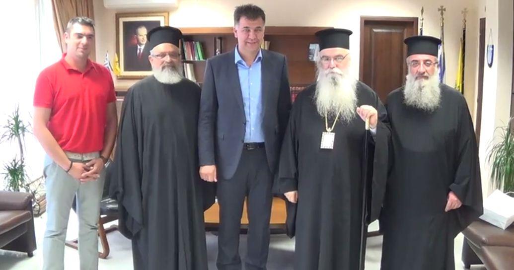 video:Επίσκεψη Μητροπολίτη Καστοριάς στον Αντιπεριφερειάρχη Π.Ε. Γρεβενών Β. Σημανδράκου