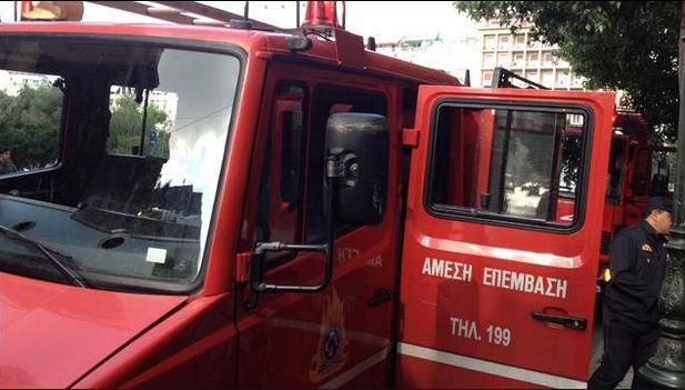 Πυρκαγιά σε κτηνοτροφική εγκατάσταση στο 30ο χλμ Γρεβενών – Αιανής – Kάηκαν 120 μπάλες άχυρου