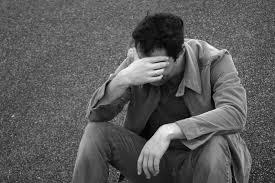 Πέφτει, πέφτει, πέφτει ….. η ανεργία * Του Γιάννη Στ. Αποστολίδη, οικονομολόγου