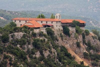 Η Ιερά Μονή Ζάβορδας αποκτά και πάλι ζωή-Επανδρώνεται με 8 ιερομόναχους