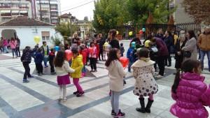 Πλημμύρα παιδιών στην Μητρόπολη Γρεβενών (φωτογραφίες)