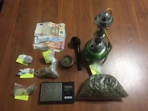 Γρεβενά: Συνελήφθησαν 4 νεαροί 19-22 ετών για κατοχή και εμπορία ναρκωτικών