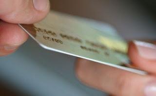 Έρχονται κατασχέσεις για χρέη από πιστωτικές κάρτες