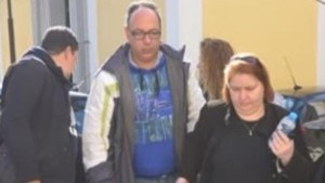 Η επίσημη ανακοίνωση της ΕΛ.ΑΣ. για τη σύλληψη του σατανικού ζεύγους – Πατριός και ΜΗ-ΤΕΡΑ δολοφόνησαν τον 23χρονο Κωστή Πολύζο!