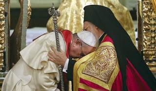 Άγιος Κοσμάς ο Αιτωλός ΄΄Τον Πάπα να Καταράσθε διότι αυτος είναι η αιτία του κακού΄΄