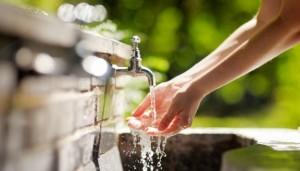 """Περιφέρεια Δυτικής Μακεδονίας : """"Τα νερά και η ενέργεια είναι δημόσια αγαθά, δεν πωλούνται ούτε εκποιούνται"""""""