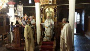 Θεία Λειτουργία στο Παλαιόκαστρο Γρεβενών (φωτογραφίες)