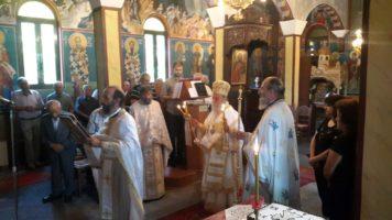 Θεία Λειτουργία στην Κυρακαλή (φωτογραφίες)
