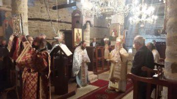 Στους Μαυραναίους Γρεβενών λειτούργησε ο Σεβασμιώτατος την Κυριακή(φωτογραφίες)