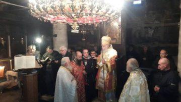 Φωτογραφίες από την Θεία Λειτουργία στη Σαρακήνα όπου λειτούργησε ο Σεβασμιώτατος Μητροπολίτης Γρεβενών κ. Δαβίδ