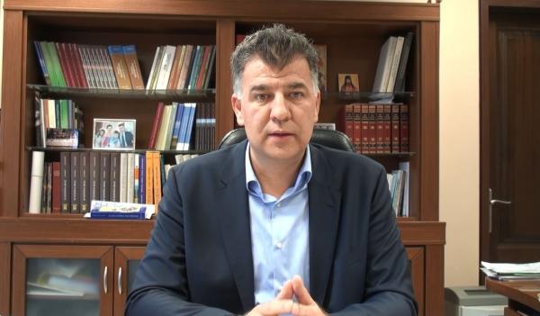 """Ο αντιπεριφερειάρχης Γρεβενών E. Σημανδράκος στο Top Channel: """"Έχουμε δει διάφορα ψηφίσματα από τα Περιφερειακά Συμβούλια…κάποια στιγμή πρέπει να υπάρξει συζήτηση και για τη θέση μας στο Σκοπιανό"""" – """""""