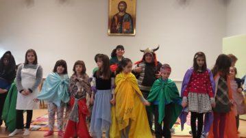 Θεατρικό Παιχνίδι μετά τη Θεία Λειτουργία για τα παιδιά των Κατηχητικών Ομάδων του Δημοτικού στην Ιερά Μητρόπολη Γρεβενών (φωτογραφίες)