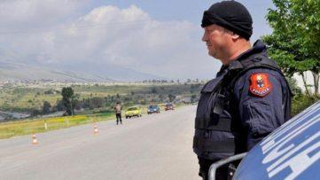 Παράνομοι μετανάστες από τα ελληνικά σύνορα στην… Αλβανία!