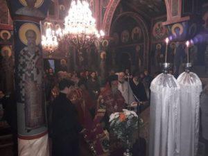Θεία Λειτουργία στο Τρίκωμο Γρεβενών   (φωτογραφίες)