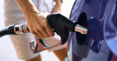 Πρόεδρος Πανελλήνιας Ομοσπονδίας Πρατηριούχων Εμπόρων: Η βενζίνη θα φτάσει τα 2,5 ευρώ το λίτρο αν δεν μειωθούν οι ειδικοί φόροι