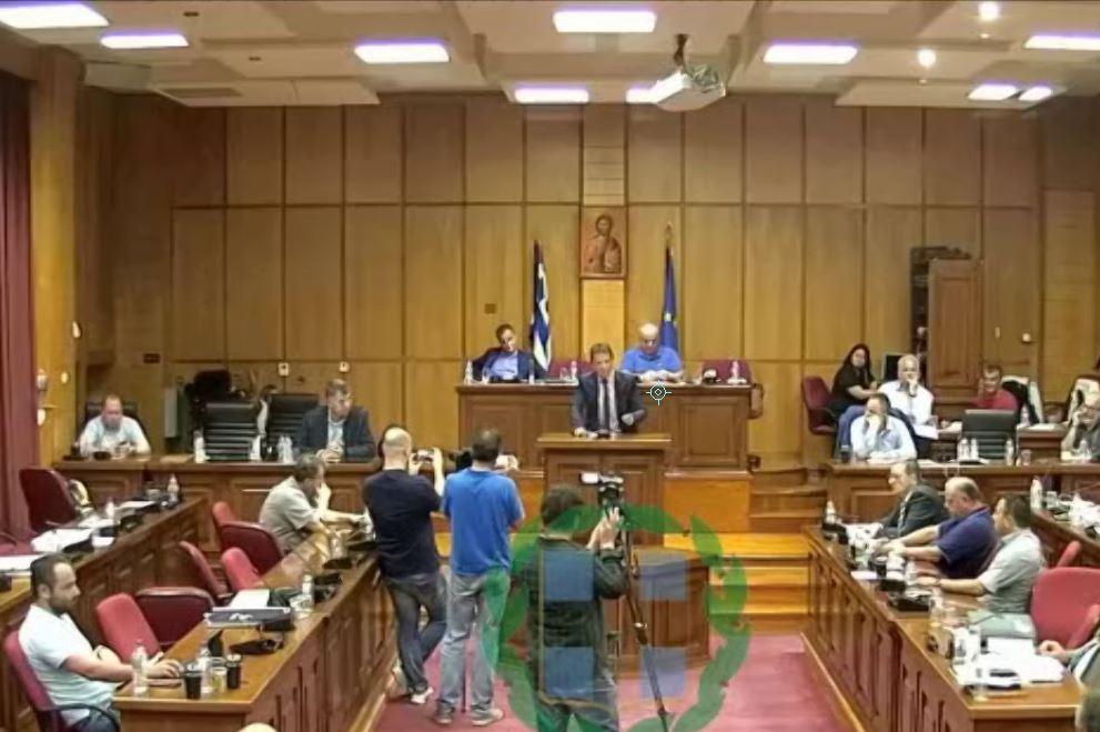 Ο πρόεδρος του Περιφερειακού Συμβουλίου, Φ. Κεχαγιάς ζήτησε, δημόσια, από τον Περιφερειάρχη να μην παραστεί στις Πρέσπες, για την υπογραφή της συμφωνίας για την ονομασία των Σκοπίων (Βίντεο)