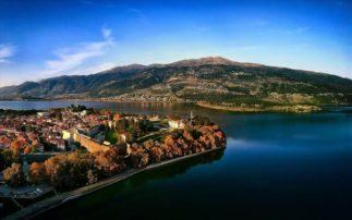 Προετοιμασία στην Ελλάδα -Η εθνική Καναδά στην κωπηλασία κάνει προπόνηση στη λίμνη Ιωαννίνων