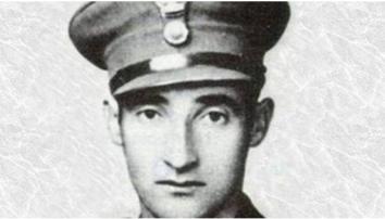 Αλέξανδρος Διάκος 1911-1940: Ο πρώτος υπολοχαγός νεκρός στον Ελλληνοιταλικό πόλεμο. Σκοτώθηκε στη μάχη της Τσούκας ανάμεσα σε Σαμαρίνα και Φούρκα