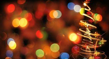 55 ημέρες για τα Χριστούγεννα: Τι μέρα πέφτουν φέτος, τα «τριήμερα» των γιορτών