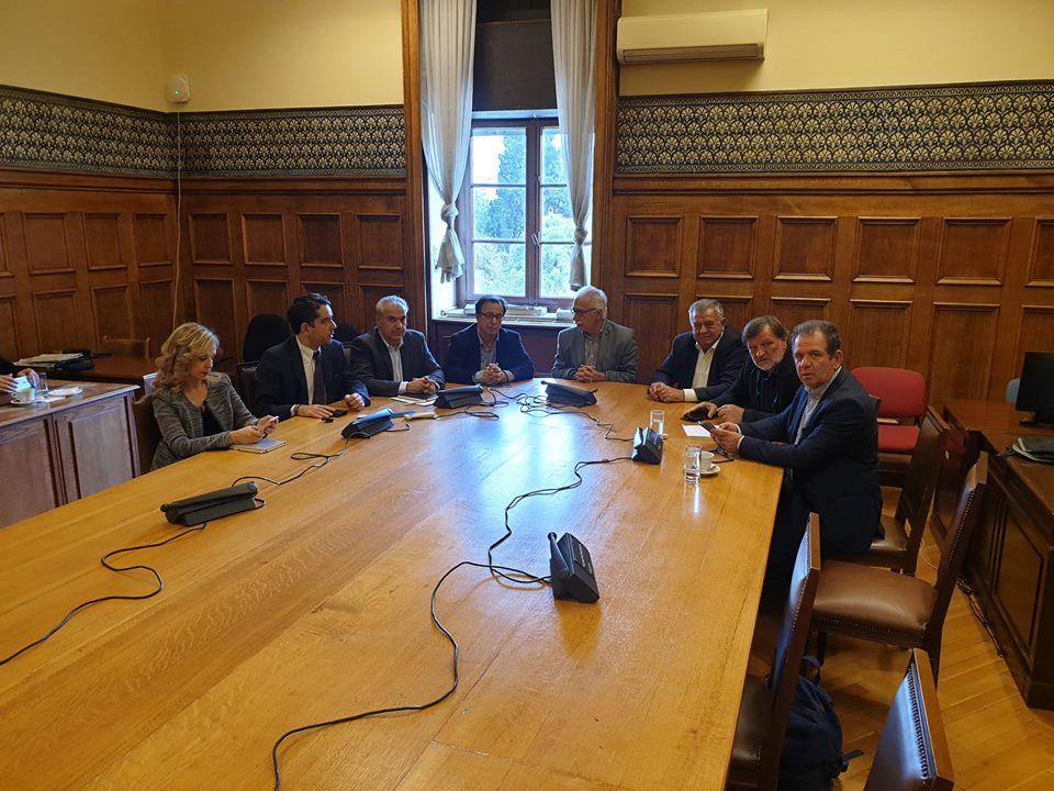 Συναντήθηκαν οι Βουλευτές του ΣΥ.ΡΙΖ.Α. της Περιφέρειας Δυτικής Μακεδονίας με τον Υπουργό Παιδείας, Έρευνας και Θρησκευμάτων για την πορεία των διαδικασιών ενοποίησης του Πανεπιστημίου Δυτικής Μακεδονίας με το Τ.Ε.Ι