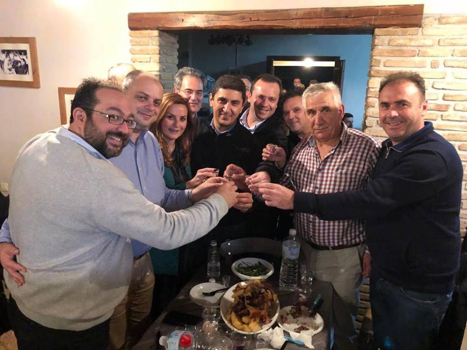 Ο πρόεδρος της ΝΟΔΕ Γρεβενών στο «γαλάζιο» ρακοκάζανο της Κρήτης