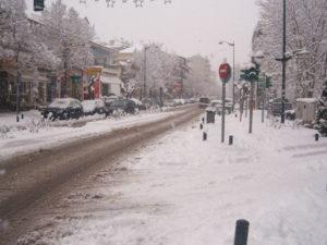 Συνεχίζονται οι χιονοπτώσεις στο Νομό Γρεβενών. Στα 20 εκ. το χιόνι στην πόλη των Γρεβενών.Πλησιάζει τα 40 εκ. στα ορεινά χωριά (Φωτογραφικό υλικό)