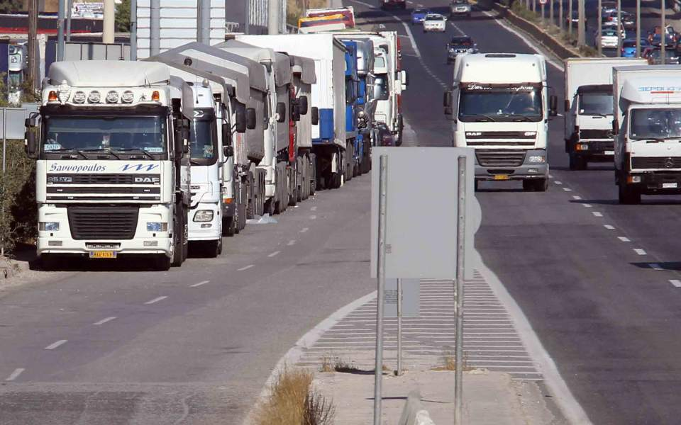 Αίρεται το μέτρο της απαγόρευσης κυκλοφορίας των φορτηγών