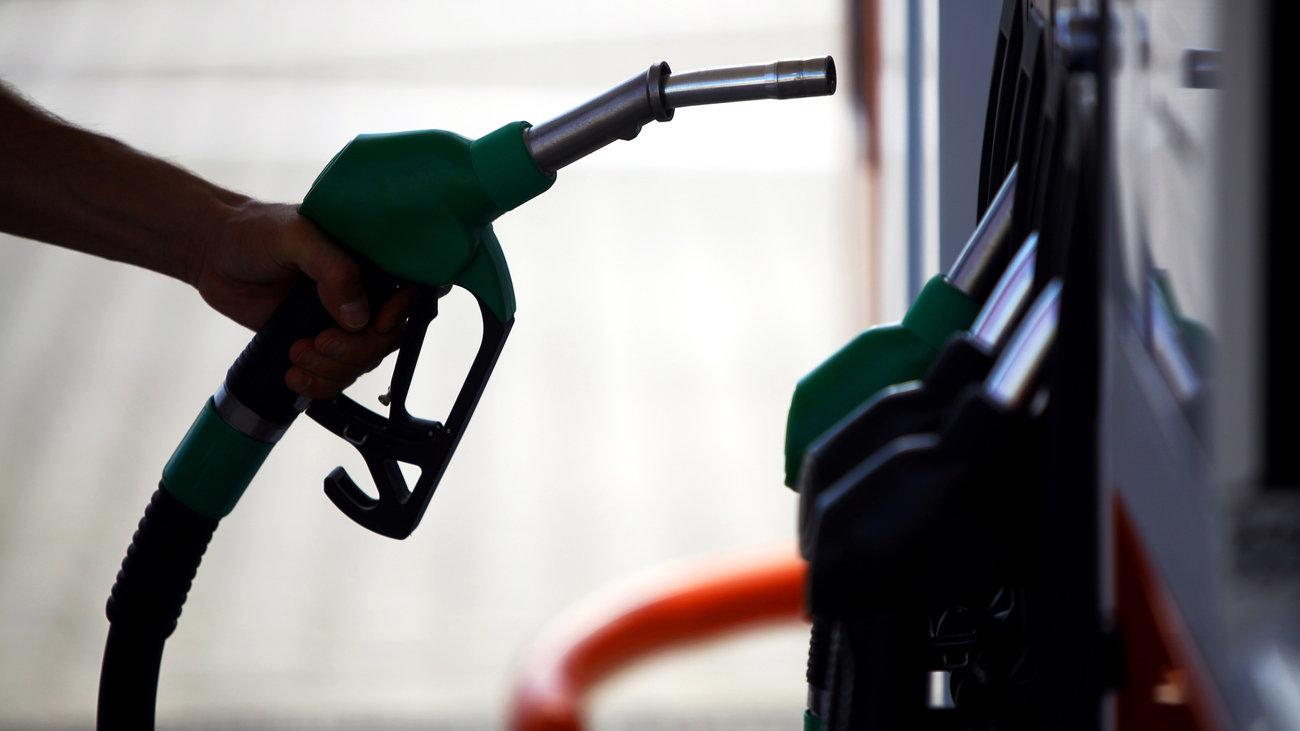 «Φωτιά» στα καύσιμα και στο πετρέλαιο θέρμανσης