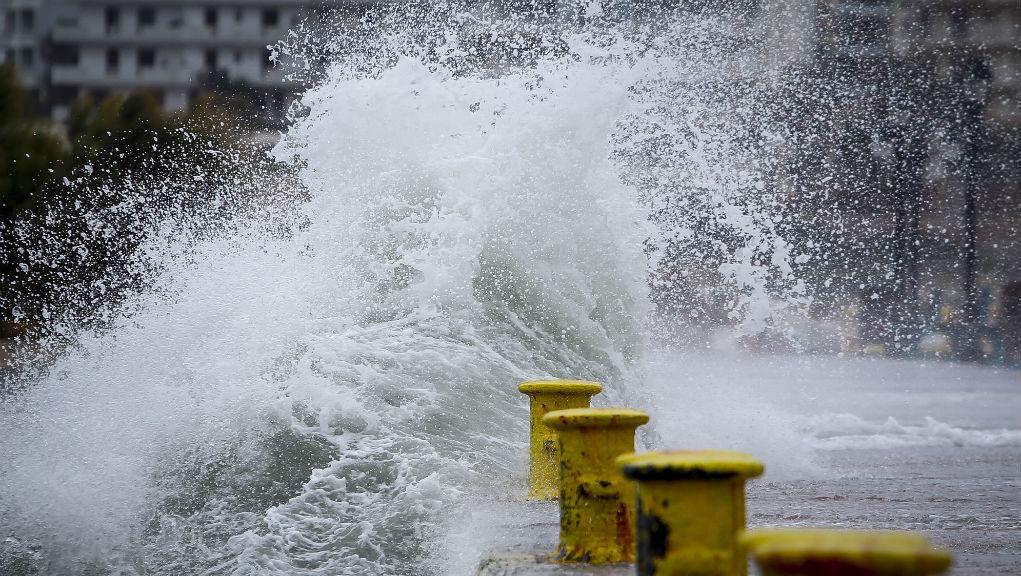 Οι οδηγίες από την Πολιτική Προστασία για τους θυελλώδεις ανέμους