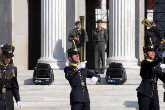 Στρατιωτικές Σχολές – Πόσοι θα εισαχθούν όλοι οι πίνακες – 30% η μείωση εισακτέων