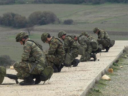 Ανησυχία στους Στρατιωτικούς για τις πληροφορίες που αναφέρουν ότι βρίσκονται σε διαδικασία διάλυσης αρκετές στρατιωτικές μονάδες που εδρεύουν στην περιοχή της Δυτ. Μακεδονίας
