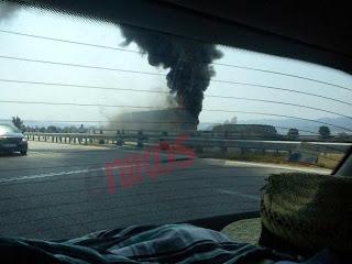 Φωτιά σε λεωφορείο των ΚΤΕΛ στην Εγνατία (Φώτο)