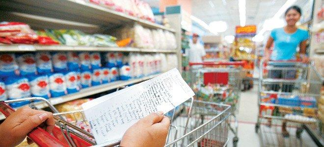 Γιατί δεν πέφτουν οι τιμές στα ράφια των σούπερ μάρκετ- Η ακρίβεια πνίγει τα νοικοκυριά