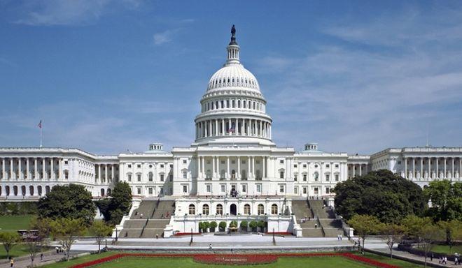 Παραλύει η λειτουργία της κυβέρνησης των ΗΠΑ