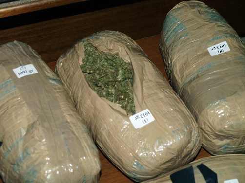 Πτολεμαίδα: Αγόραζαν και πωλούσαν ναρκωτικά