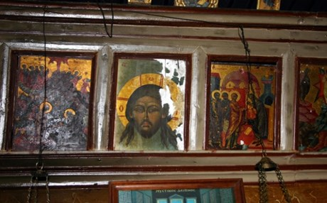 Πουλάνε κλεμμένες ελληνικές εικόνες σε γκαλερί της Ευρώπης – Τι γίνεται με τις εικόνες από τις Εκκλησίες της Σαμαρίνας;