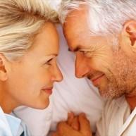 Αξίζει να δείτε: 8 μικρές, αλλά μαγικές λύσεις για να κλέψουμε… την ηλικία μας!
