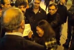 Κοζάνη: Τα δάκρυα της μαθήτριας μπροστά στον Υφυπουργό – Το βίντεο που κάνει το γύρο του κόσμου (Bίντεο)