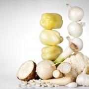 Οι 5 λευκές τροφές που πρέπει να υπάρχουν στο τραπέζι μας