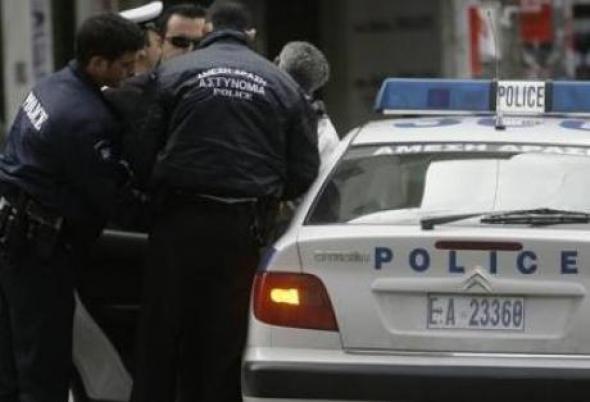 Γρεβενά: Συνελήφθη  39χρονος σε βάρος του οποίου εκκρεμούσε Διεθνές Ένταλμα Σύλληψης