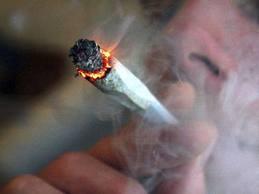 Καστοριά: Ένα τσιγάρο για να φύγουν τα φαρμάκια!