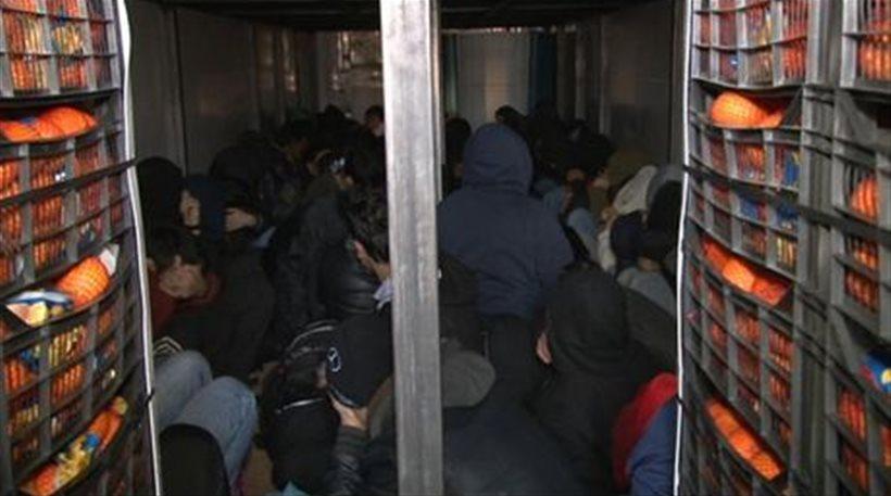 8ο χιλιόμετρο Ε.Ο Ιωαννίνων – Κοζάνης: Εξαρθρώθηκε οργανωμένο κύκλωμα διακίνησης λαθρομεταναστών